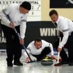 Cine a inventat curlingul