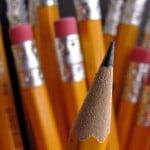 Cine a inventat creionul