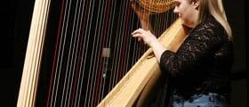 Cine a inventat harpa