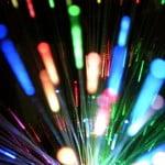 Cine a inventat fibra optica
