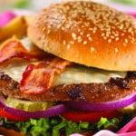 Cine a inventat hamburgerul